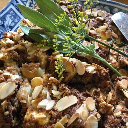SPICED APPLE CAKE (Vegan)