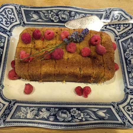 LUSHIOUS LEMON CAKE (vegan)